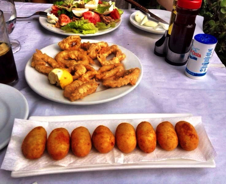 how to eat tapas in spain